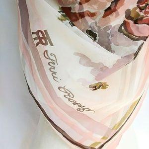 TERRI ROESE Vintage Silk Scarf